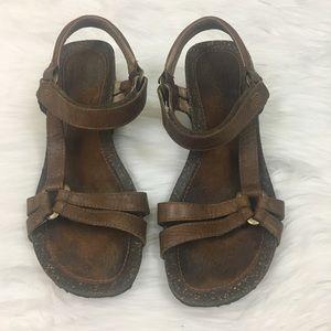 Teva leather sandals sz 7